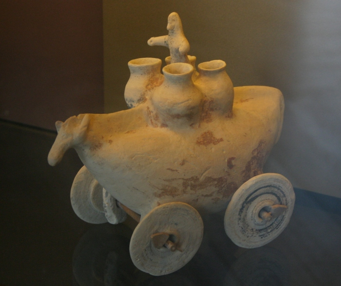 Ancient greek toys made with clay - αρχαία ελληνικά παιχνίδια