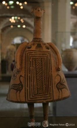 Ειδώλιο-Κουδουνίστρα. Θήβα. 700 π.Χ
